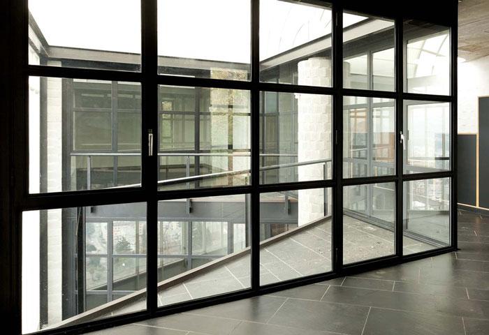 طراحی و بازسازی منزل